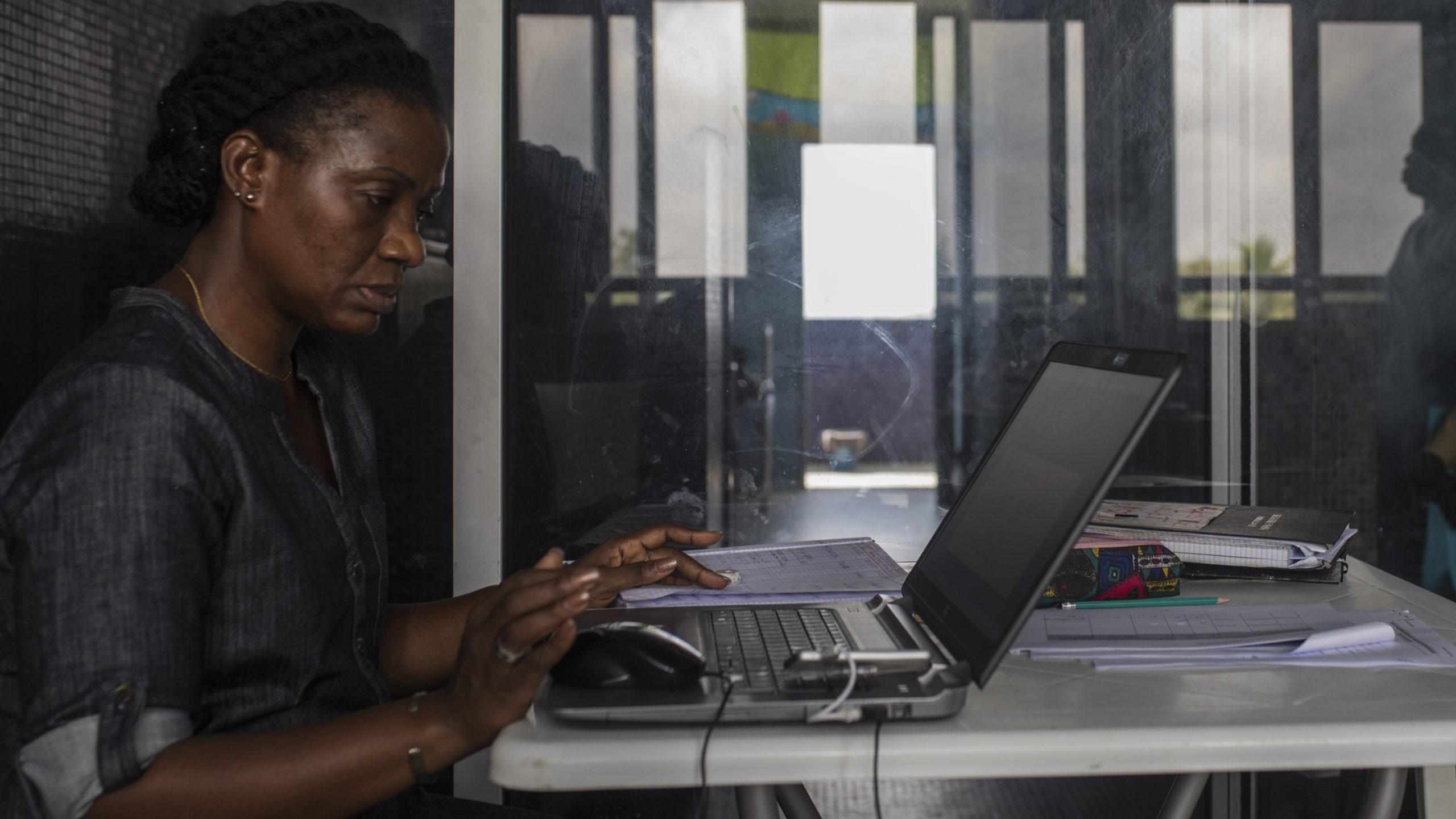 Observatoires communautaires :  La veille citoyenne pour améliorer l'accès à la santé
